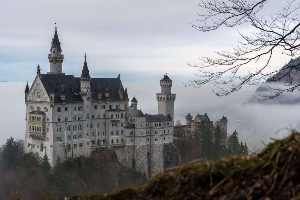 German translation, transcription, subtitles, voiceover and interpretation agency