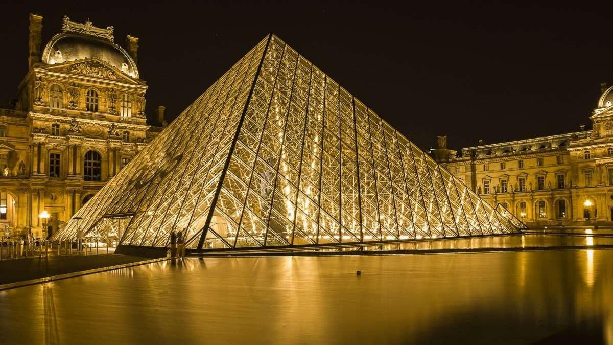 French Translation Services, transcription, subtitles, voice over and interpretation agency