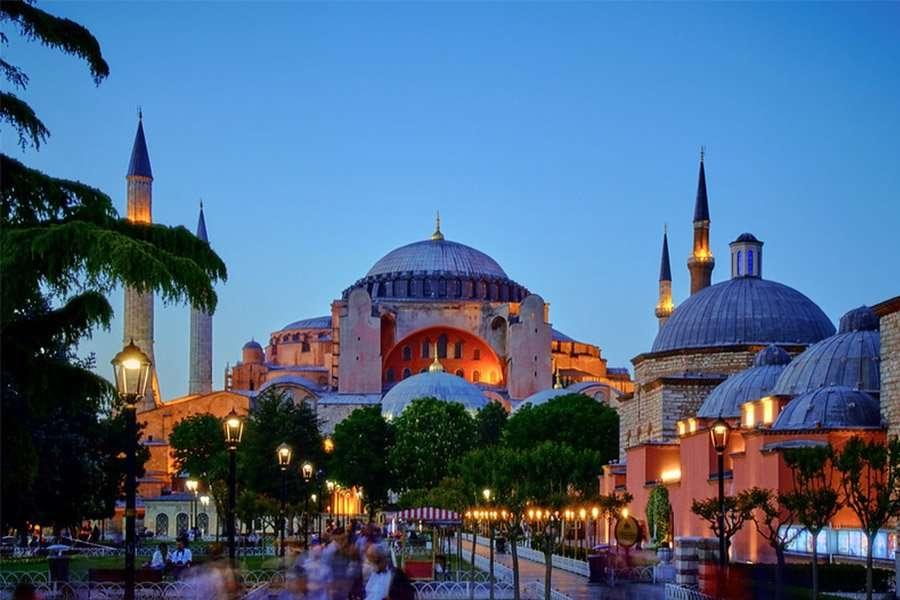 Love in Istanbul